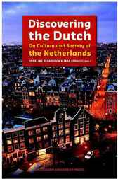 Discovering the Dutch by Emmeline Besamusca